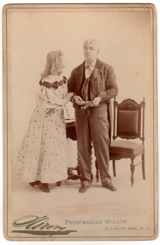 Pudd'nhead Wilson Cabinet Card Front