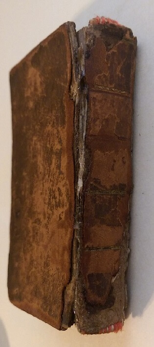 Robert Burns spine and back cover
